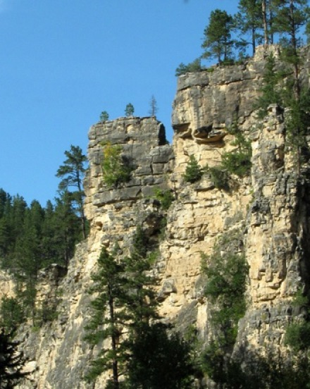 Spearfish Canyon in September